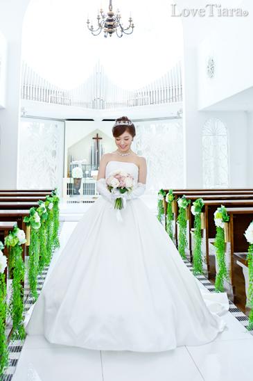 ブライダル ウェディング 結婚式 ティアラ  ビジュー